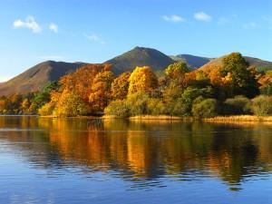 autumn derwent water
